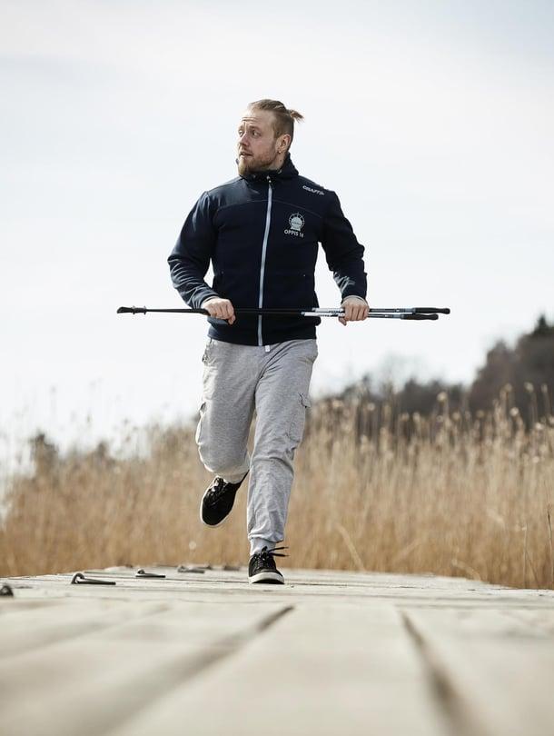 Kaarinalainen Tony Tähti, 33, valmistui personal traineriksi ja valmentaa nyt nuoria liikkumaan ja syömään oikein.