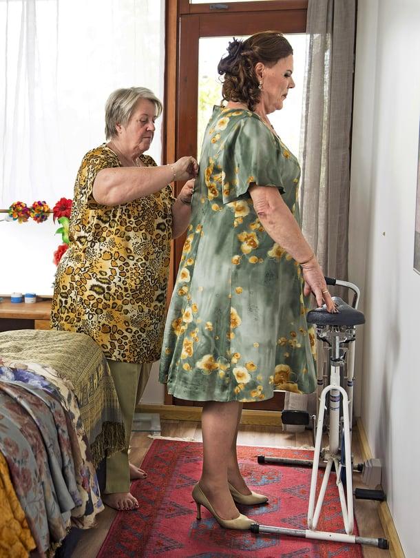 Birgitta Hakokorpi, 62, ja Kalevi Thea Hakokorpi, 73, ovat olleet naimisissa 17 vuotta. Kalevilla (oik.) on kolme lasta aikaisemmasta avioliitostaan.
