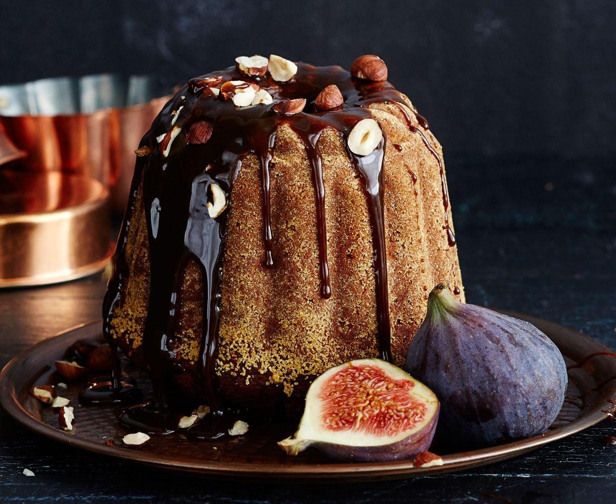 Viikunat, kahvi, hasselpähkinä ja muscovado antavat kahvikakulle syvän maun. Viikunakakun reseptin löydät jutun lopusta.