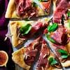 Parmankinkku-viikunapizza