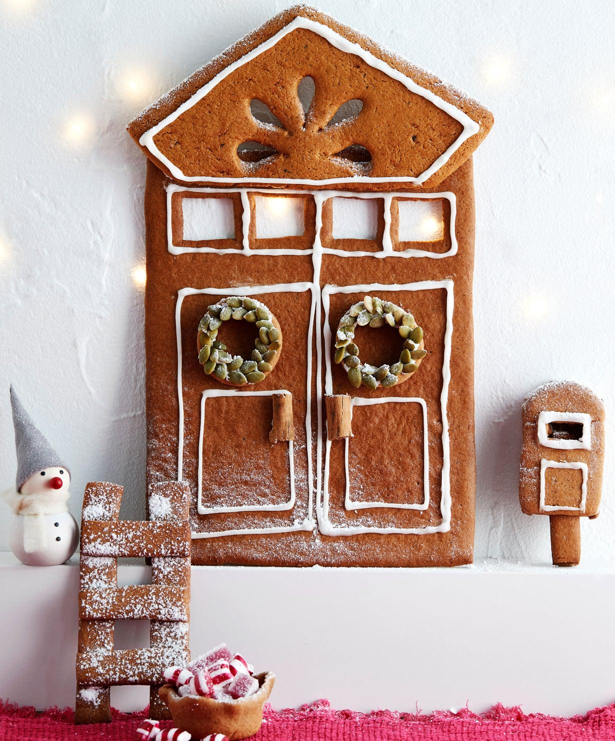 Joulufiilis hiipii kotiin piparisesta tonttuovesta.