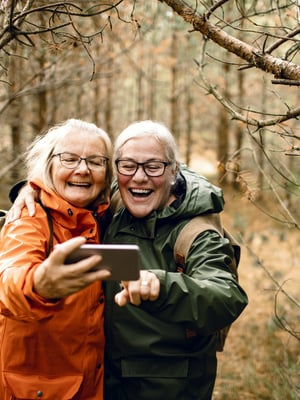 Mitä enemmän naurua, sitä läheisempi suhde.