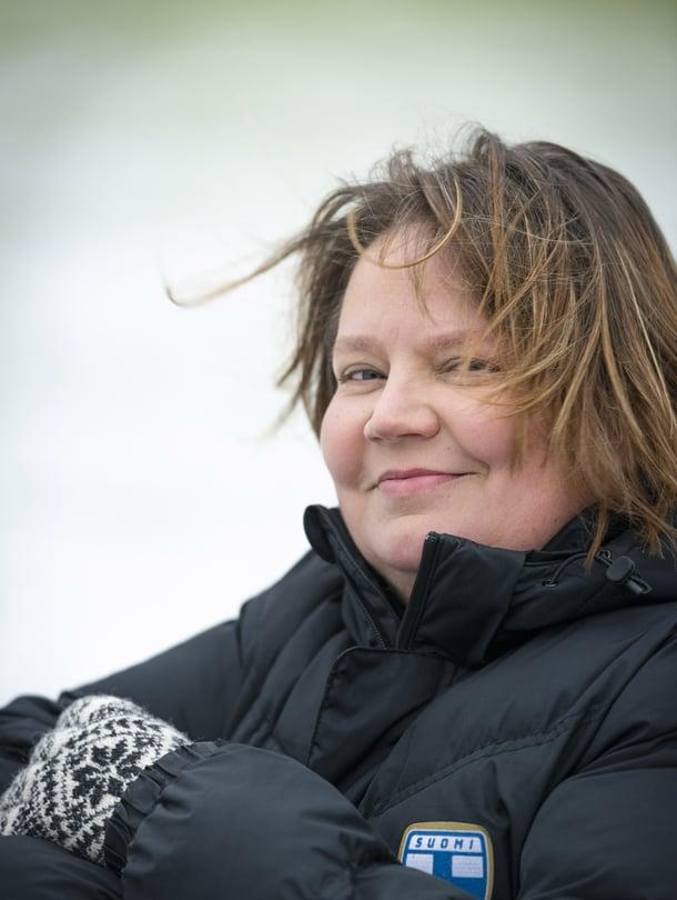 """Huippujalkapallopäällikkö Marianne Miettinen, 45, puhuu virheistään, jotta muut valmentajat eivät tekisi niitä. """"Olin liian autoritäärinen, mutta koskaan en nöyryyttänyt ketään tai pistänyt pelaajia toisiaan vastaan."""""""
