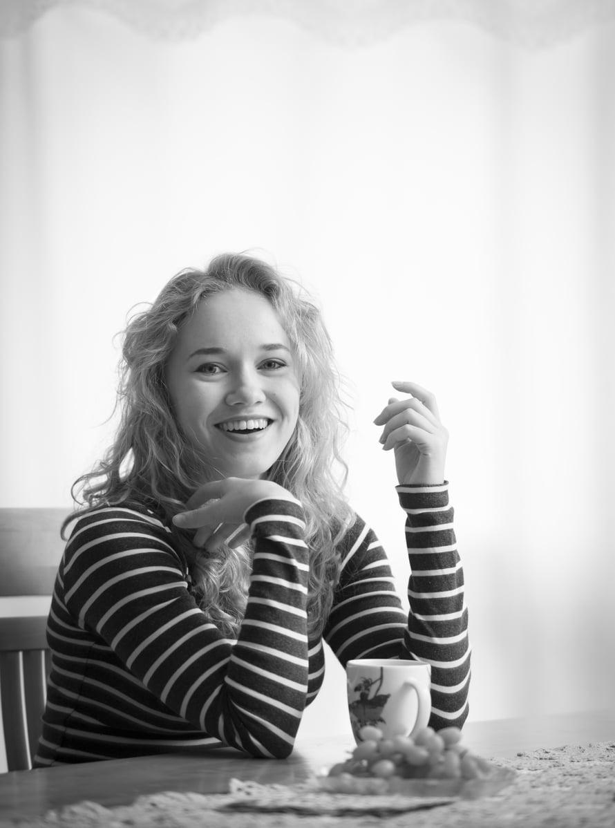 Näyttelijä Lenita Susi, 20,esittää Sorjonen-rikossarjassa poliisi-Lenan tytärtä Katiaa. Sarjan toista tuotantokautta on kuvattu syksyllä. Lenita on opiskellut näyttelemistä Työväen Akatemiassa Kauniaisissa ja harrastaa street-tanssia, piirtämistä, valokuvausta ja Lolita-mekkojen ompelemista.