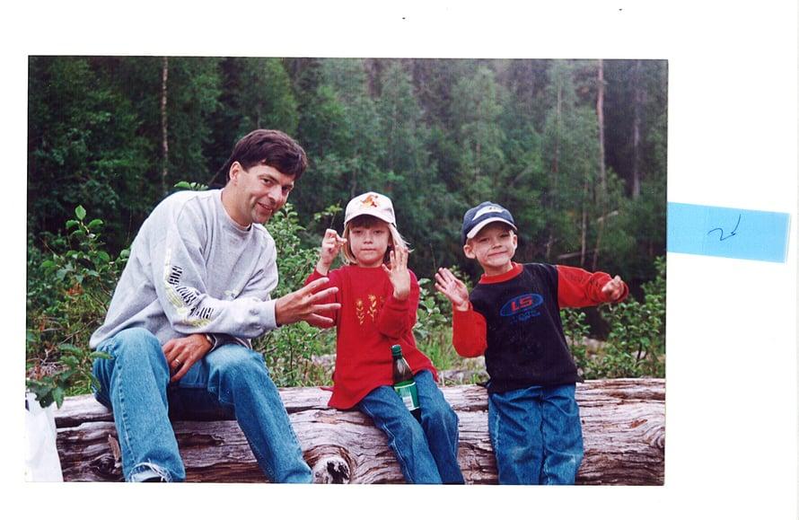 """""""Tajusin olevani keski-ikäinen, kun vietin 40-vuotisjuhlaani perheen kanssa Kiutakönkäällä."""""""