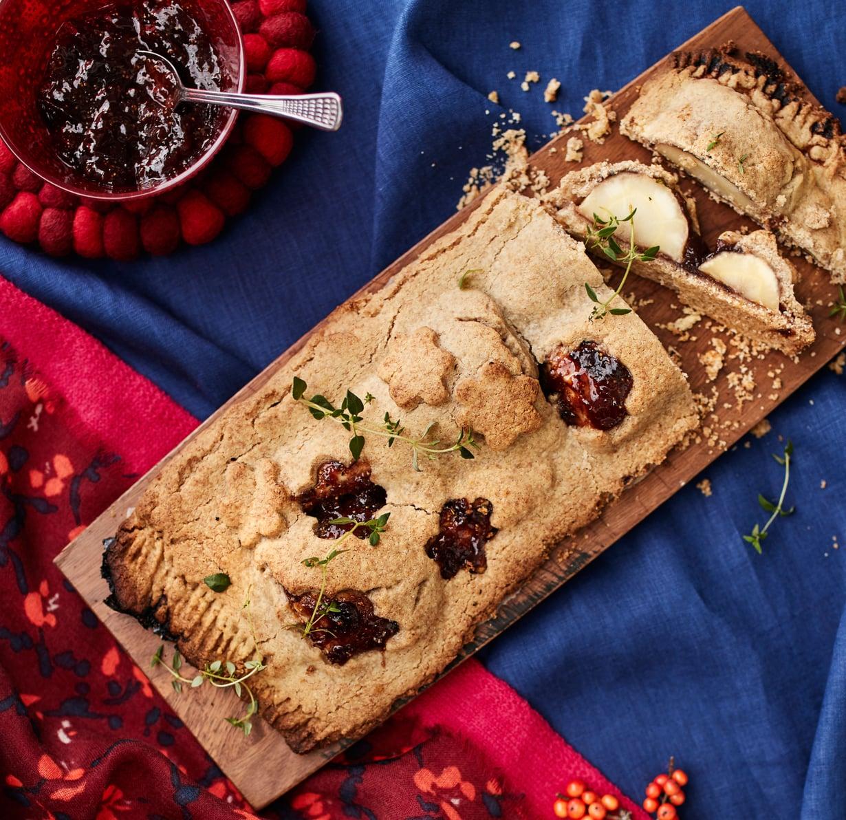 Makeansuolainen piiras on mainio herkku pikkujoulukauden illanistujaisiin.
