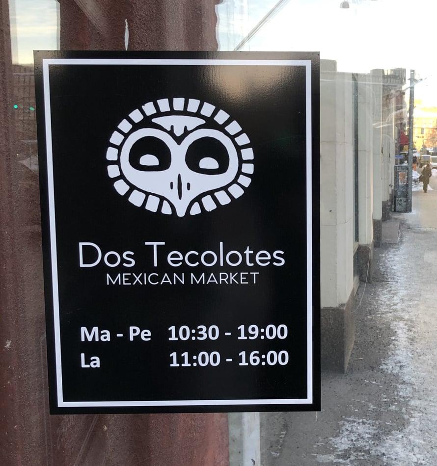 Hämeentie on etnisten elintarvikekauppojen Rodeo Drive. Ja aivan kivenheiton päässä sijaitsee Hakaniemen Halli, josta saa sitten kaiken muun mitä ruoanlaittoonsa tarvitsee. Tämä meksikolainen kauppa on tervetullut lisä aasialaisten ja intialaisten kauppojen keskelle!