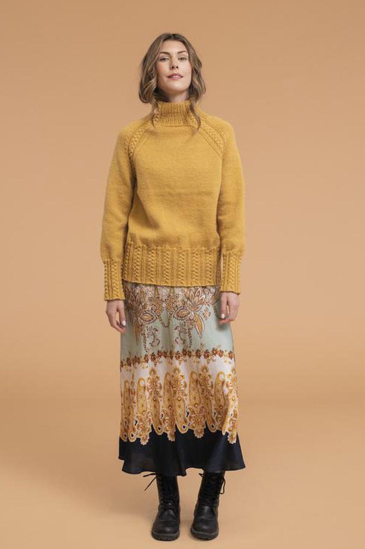 30 Sahramin värinen neulepusero