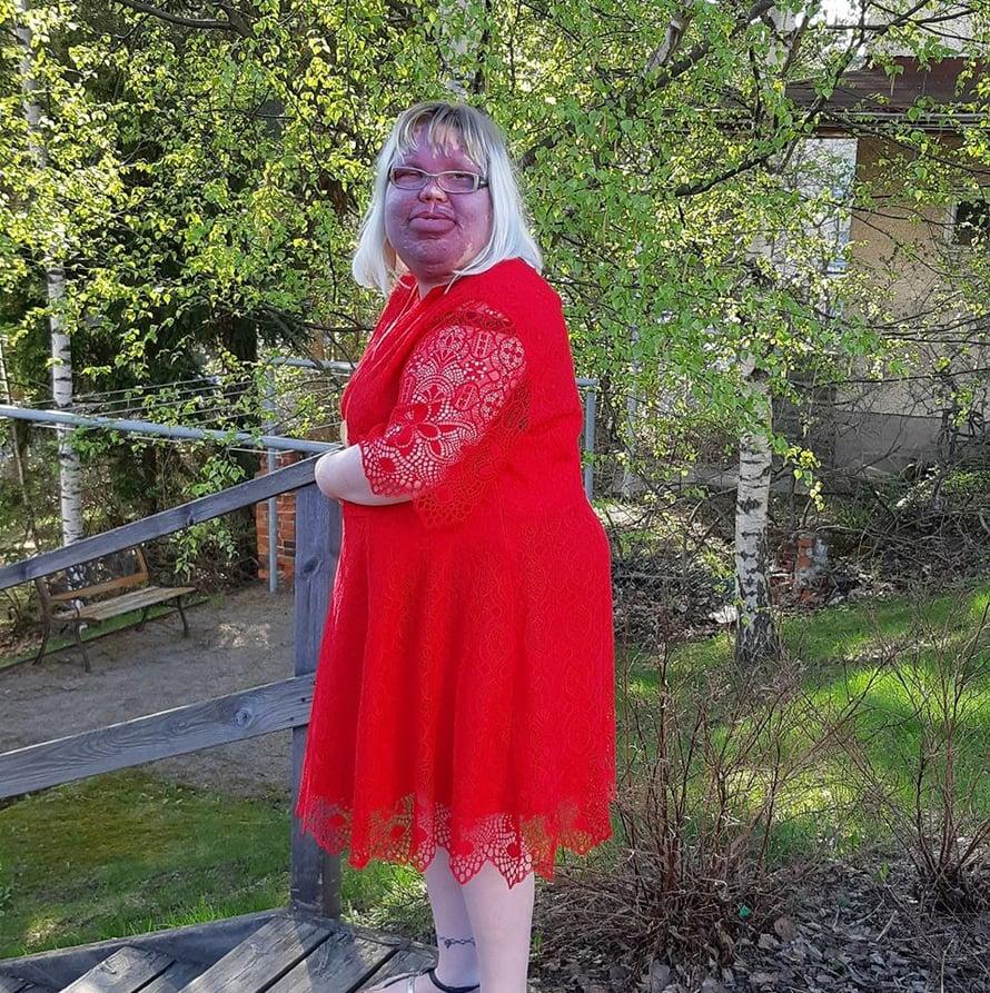 Toukokuu toi lämmön mukanaan, ja pääsin käyttämään rakastamiani kesävaatteita, mekkoja.
