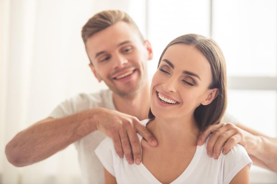 dating otsikko ehdotuksia