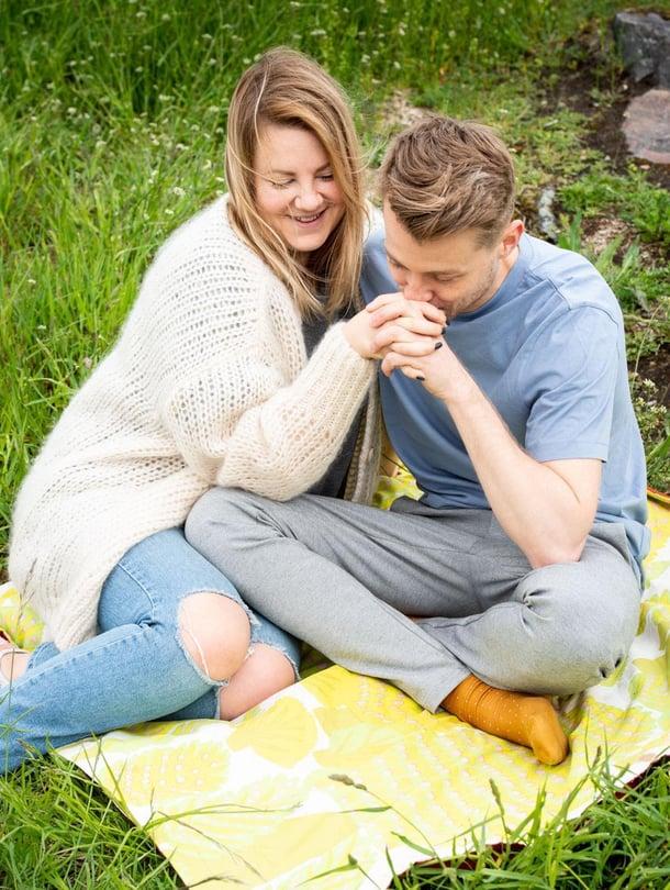 Laura Frimanin ja Lauri Tammisen suhde alkoi viime ystävänpäivänä suorasta radiolähetyksestä.