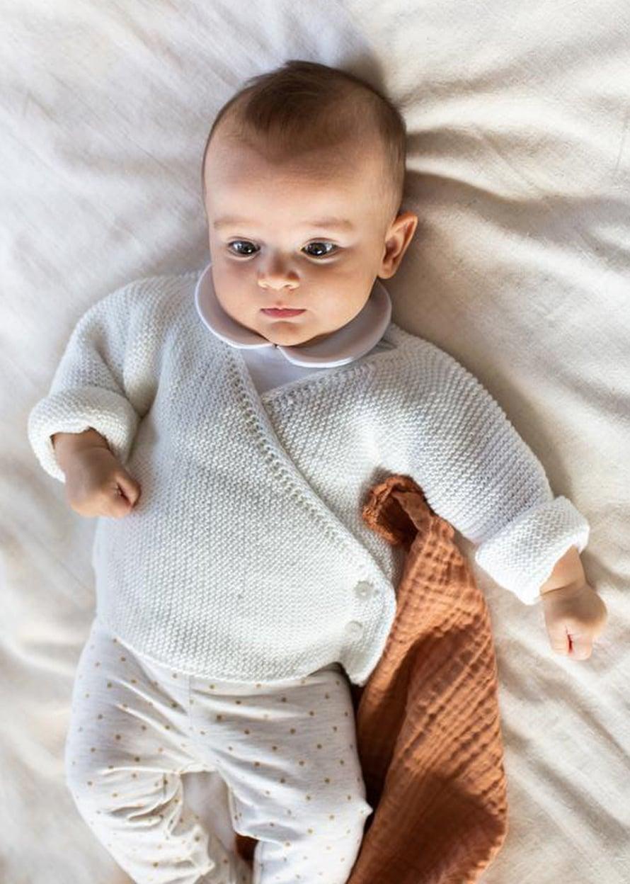 33 Vauvan kietaisu-neuletakki