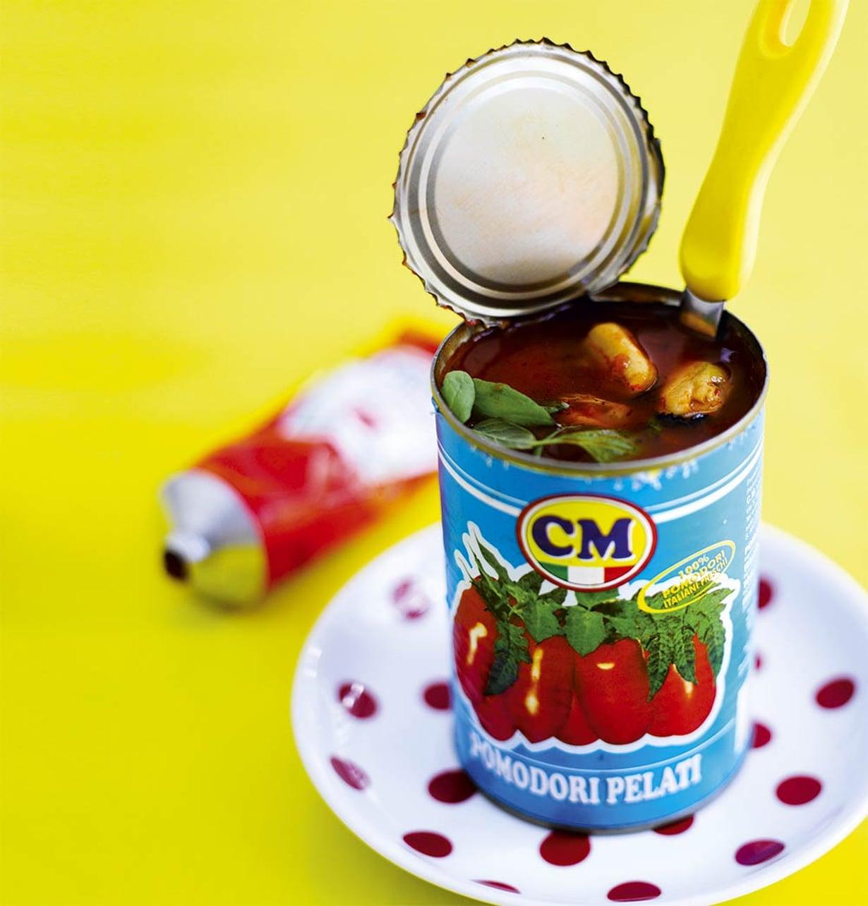Kuuma simpukkakeitto saa makua chilistä ja oluesta.