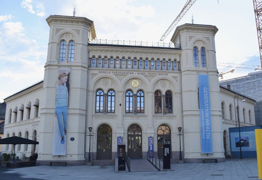 Ja onhan tässä tällainen kuuluisa Nobelin rauhanpalkinto -keskuskin.