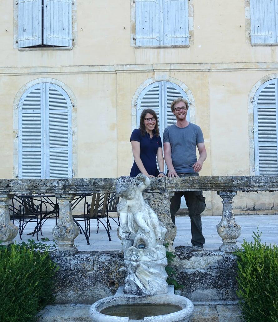 Bardiguesin linnan omistajat, Caroline ja Polo, ovat tosi mukavia, rentoja ja erittäin vieraanvaraisia isäntiä!