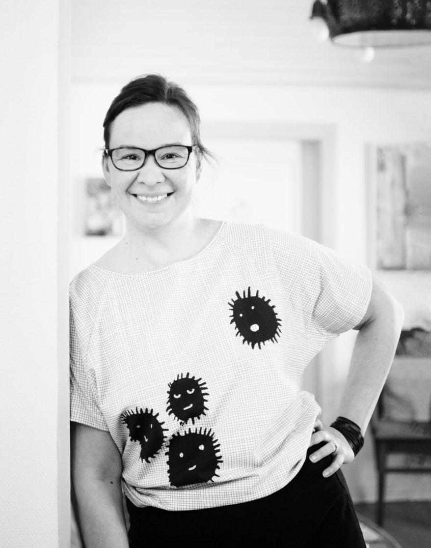Rosa Meriläinen on 42-vuotias kirjailija ja entinen Vihreiden Tampereen kaupunginvaltuutettu ja kansanedustaja. Rosa on yksi ajatushautomo Hatun johtajista. Huhtikuussa häneltä ilmestyi yhdessä Sanna Seikon kanssa kuukautiskirja Ne (Karisto). Rosalla on vuonna 2006 syntynyt poika, Frans Frangén.