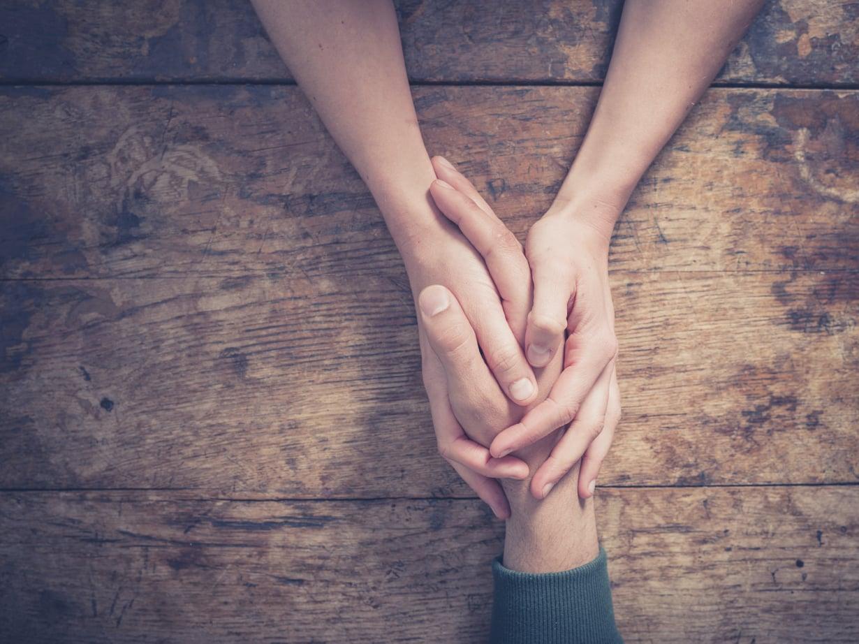 Jos parisuhteen haluaa säilyvän, omaa kumppania pitää haluta ymmärtää.
