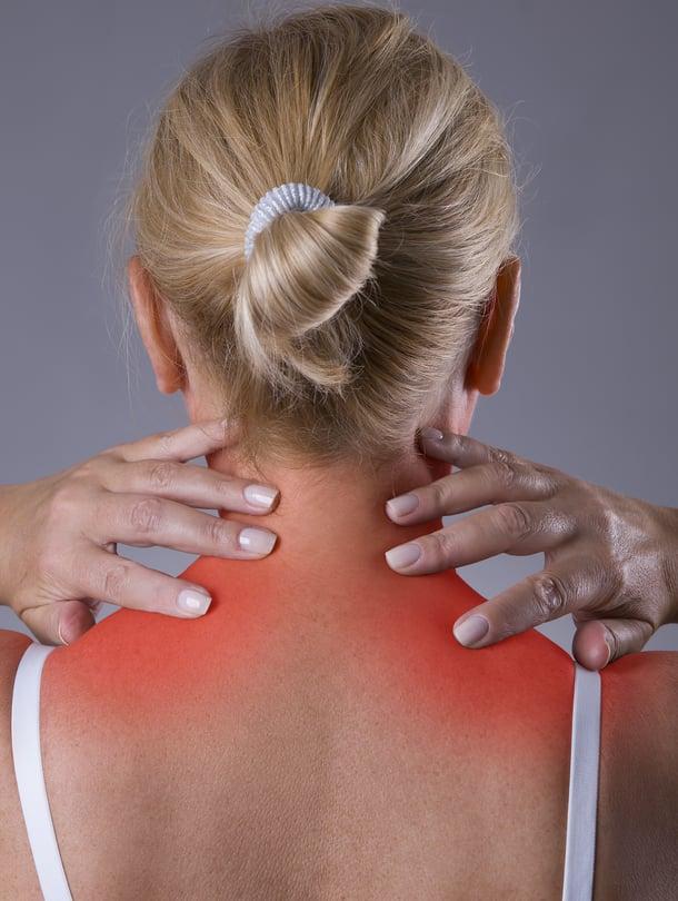 Hartioissa ja niskassa on paljon lihaksia, joiden kipupisteet voivat heijastaa kipua päähän ja jopa sormiin saakka.