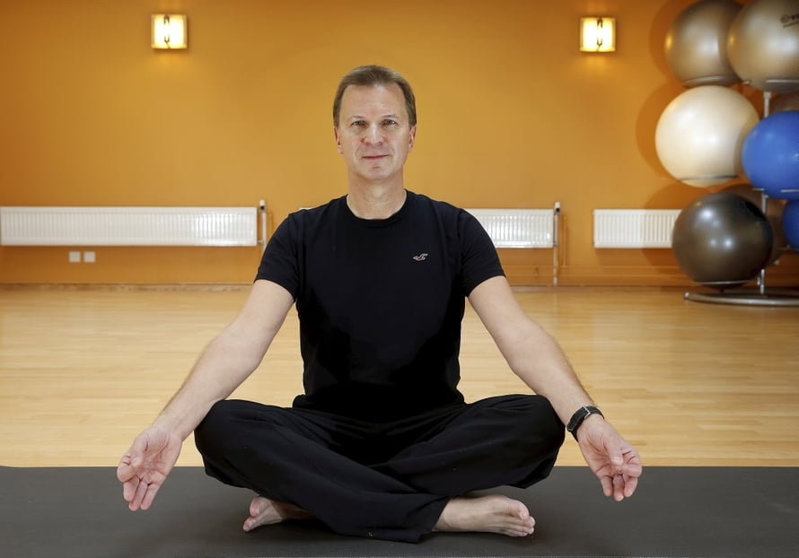 Muusikko Jore Marjaranta opiskeli joogaohjaajaksi vuonna 2011 Coloradossa Yhdysvalloissa.