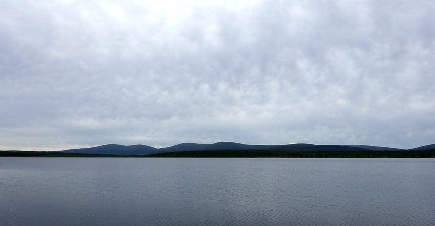 Näkymä majapaikkamme laiturilta, Sieppijärven rannalta.