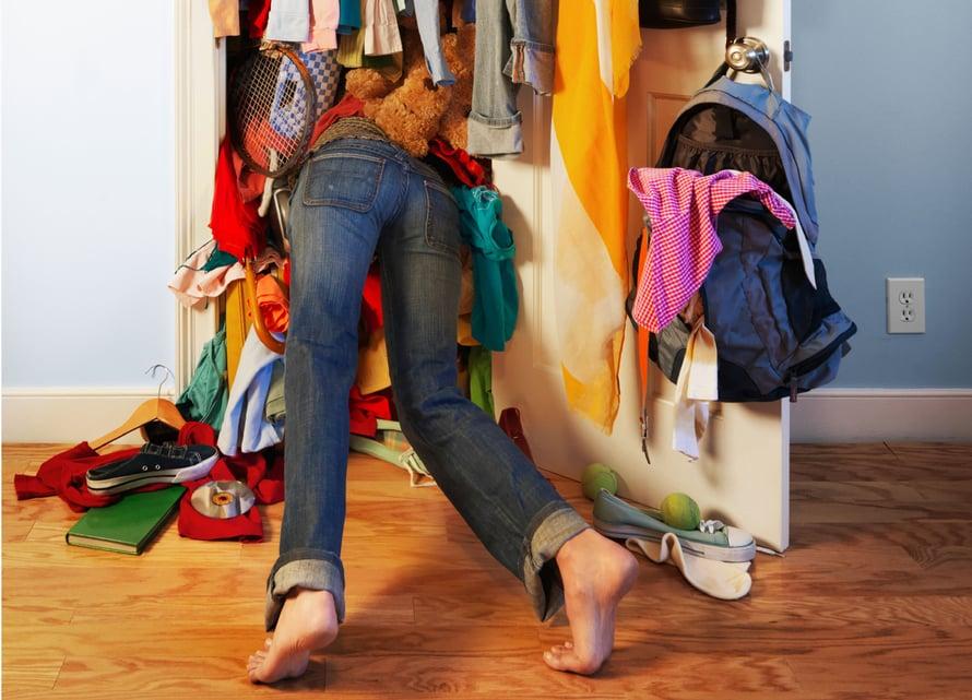 Tietyistä vaatekaapeista löytyy yllättävän vähän käytettyjä vaatteita. Suoranaisia löytöjä!