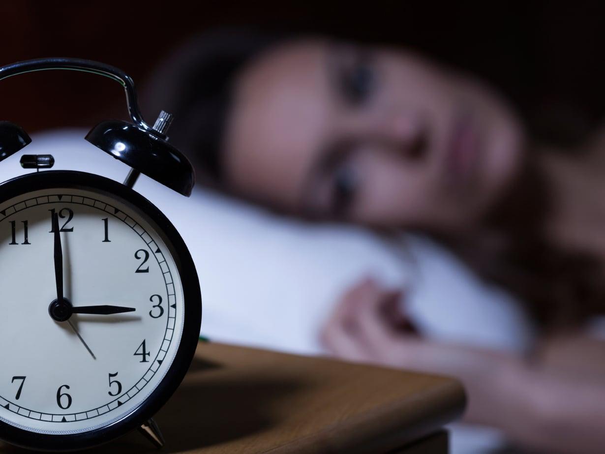 Yöuntasi voi katkoa se, mitä söit tai joit ennen nukkumaanmenoa. Tai parantaa!