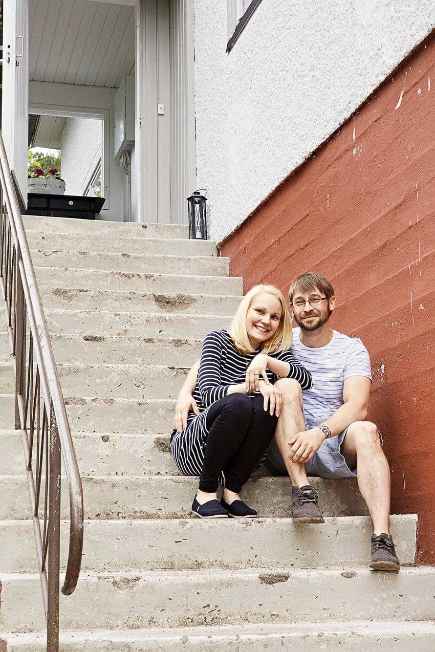 Lastentarhanopettaja Suvi Puolakan, 32,  ja tietoliikennesuunnittelija  Toni Puolakan, 33, perheeseen kuuluu tytär Joseliina, 2.