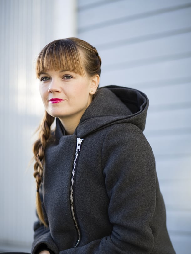 Rebekka Naatus kasvoi lestadiolaisessa kodissa. Nyt hän on naimisissa sarjakuvataiteilija Ville Rannan kanssa.