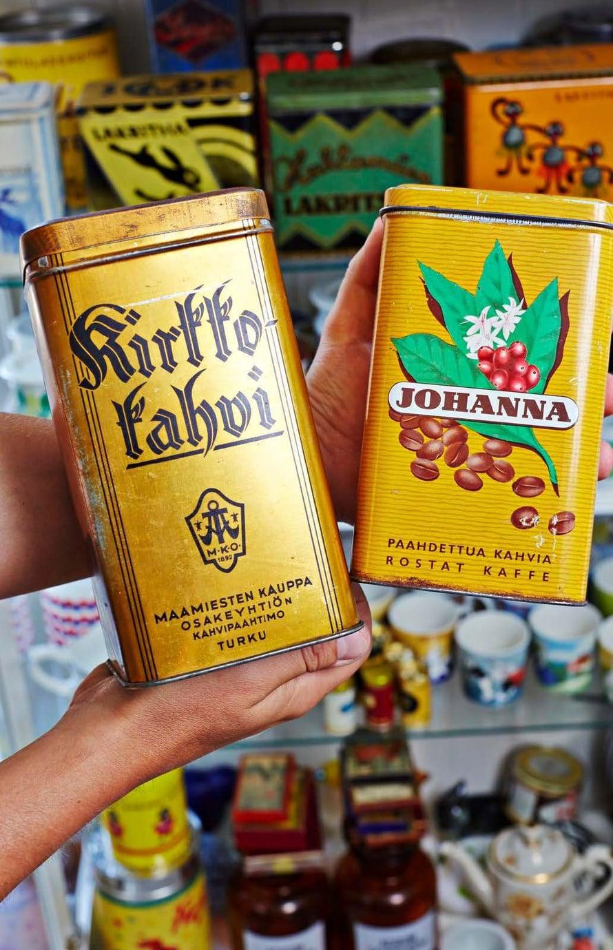 Kirkkokahvi- ja Johanna-kahvipurkit ovat haluttuja vintage-esineitä.