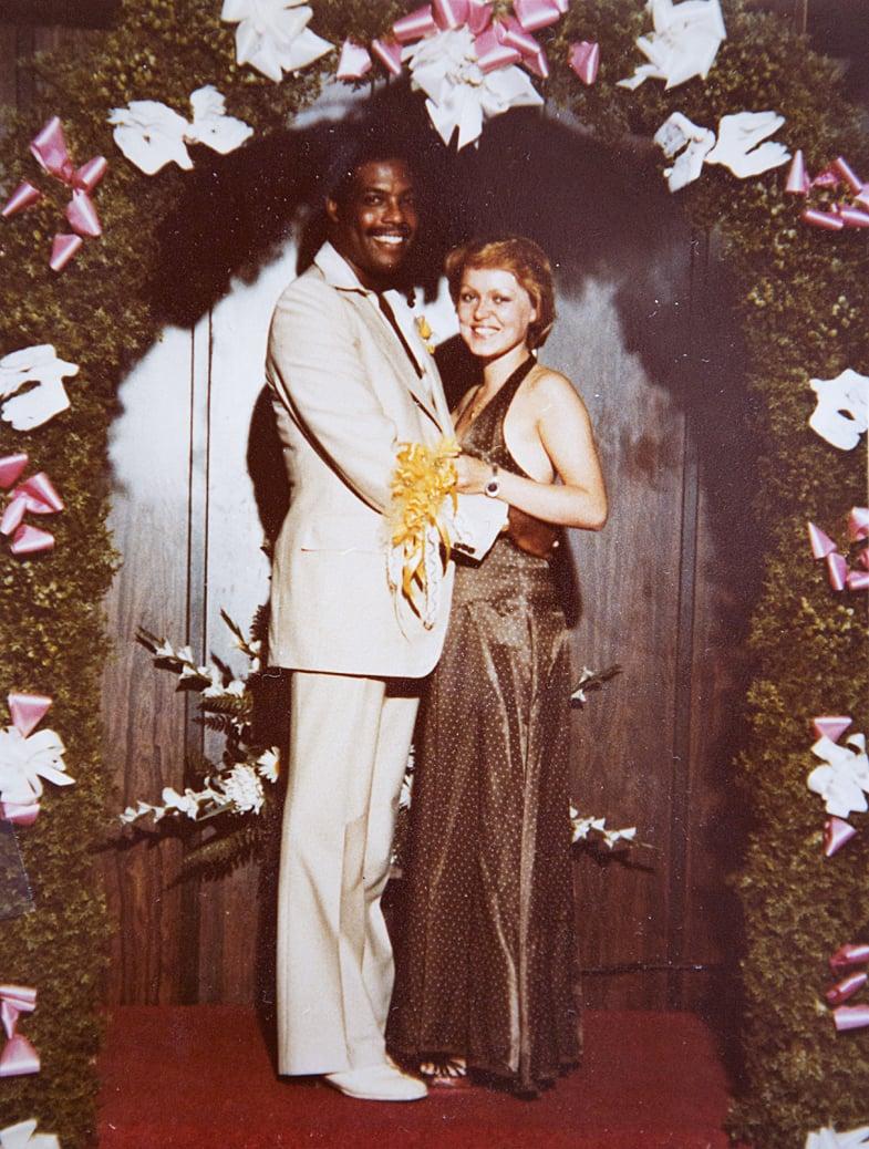 Hääkuva Sarista ja Marvinista on otettu vuonna 1978 Las Vegasissa. Hääillallisen pari nautti Caesars Palace -hotellissa.