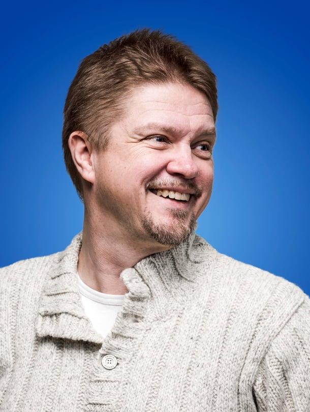 Kirjailija Timo Parvelan Ella ja kaverit -kirja ilmestyi heinäkuussa.