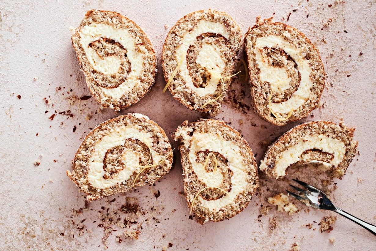 Keveä kakkupohja ja täyteläinen sisus ovat nautinnollinen yhdistelmä.
