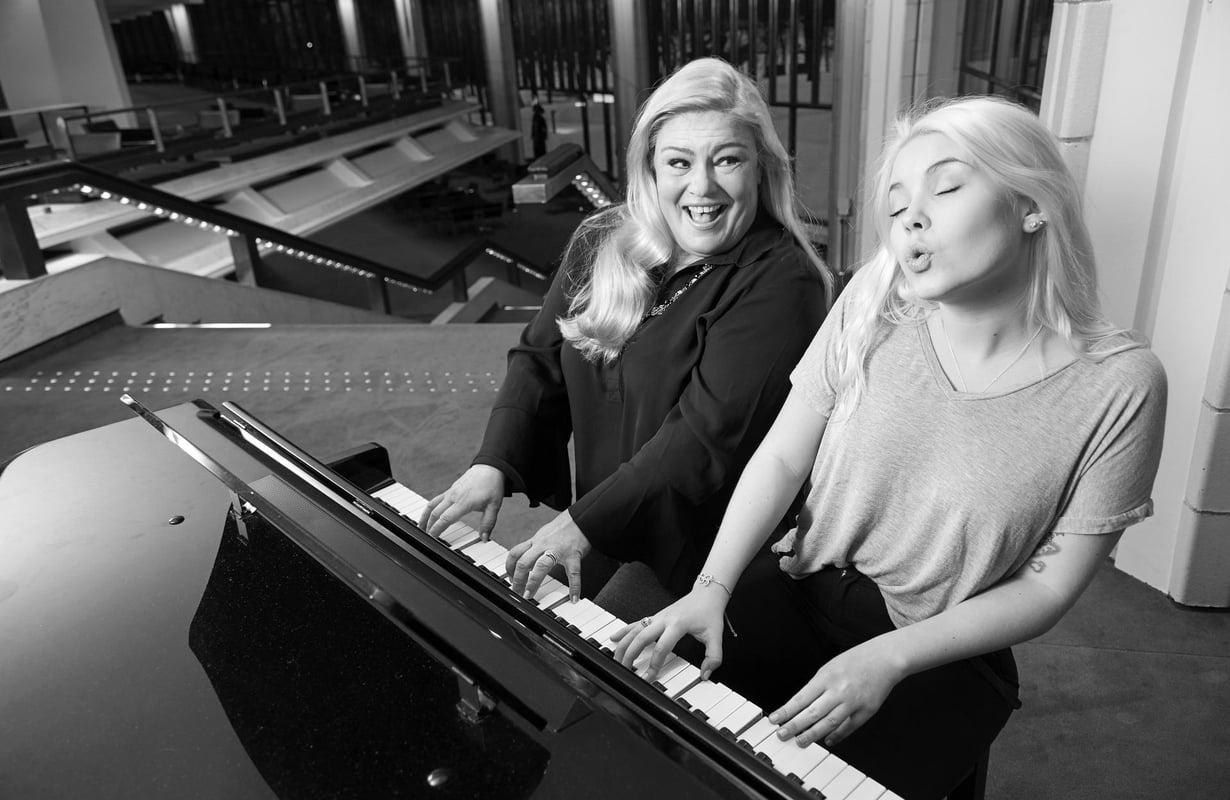 """Kun Bertta aloitti pianonsoiton, Sanna itki jokaisessa musiikkiopiston konsertissa. """"Eläydyin ja olin niin ylpeä hänestä."""""""