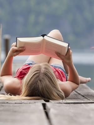 Aah, koko pitkä kuuma kesä aikaa lukea!