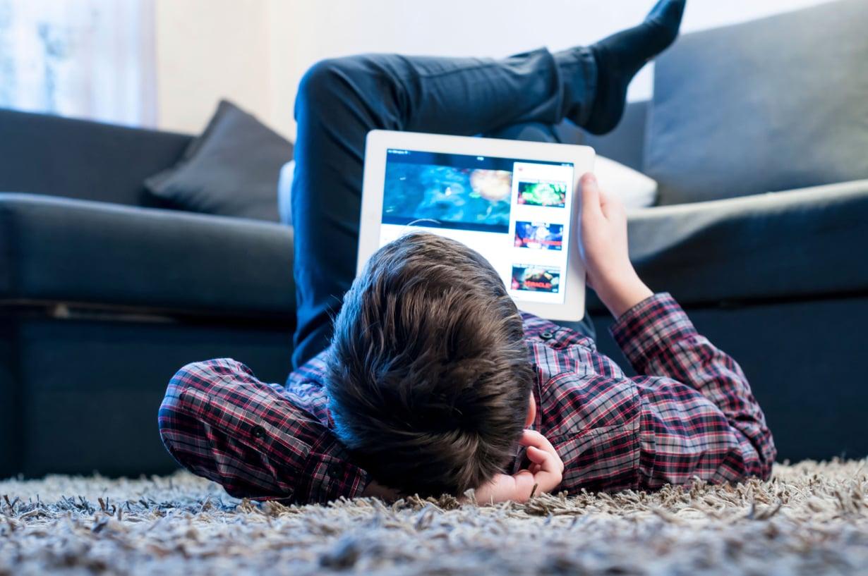 Vanhempana voi tehdä paljon suojellakseen lasta nettikiusaamiselta.