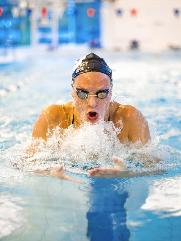 Jenna Laukkanen, 22, on erikoistunut rintauintiin. Hän voitti pitkän radan EM-kilpailuissa 2016 pronssia 50 metrin rintauinnissa ja lyhyen radan EM-kilpailuissa 2015 kultaa sekä 50 metrin että 100 metrin rintauinnissa.