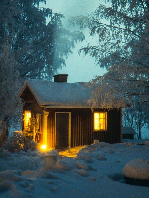 Saunaa on Suomessa pidetty pyhänä paikkana, ja joulusaunalla on suomalaisessa perinteessä erityinen merkitys. Mutta siellä ei saa olla miten sattuu!