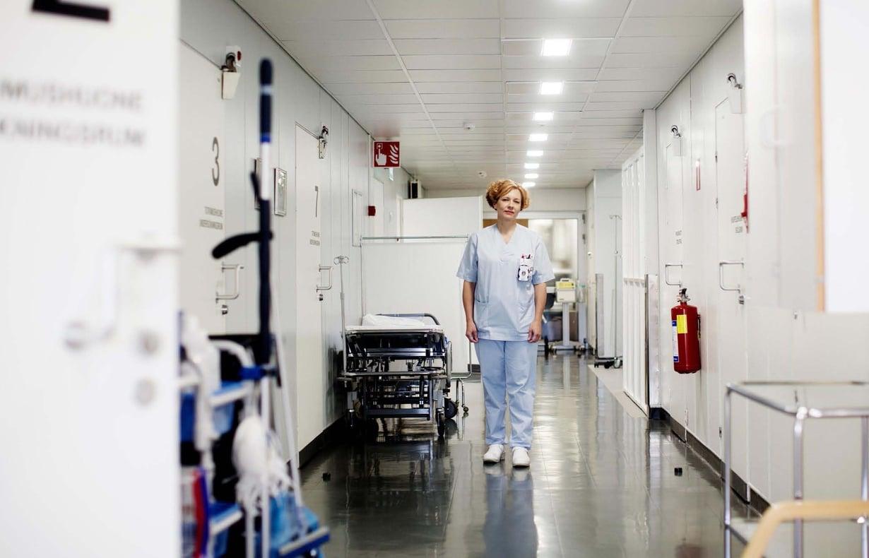 Marianne Byström, 41, työskentelee apulaisosastonhoitajana Turun yliopistollisen sairaalan naistentautien poliklinikalla. Perheeseen kuuluvatpuoliso sekä 18-, 14-ja11-vuotiaat lapset.