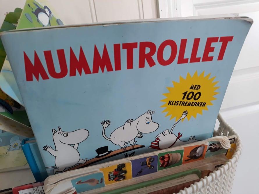 """Kahvilan lastenkorin Suomi-yllätys, hihhii, """"Mummi""""."""