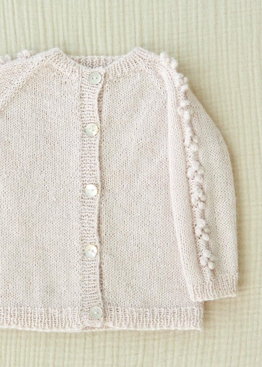 17 Vauvan neuletakki