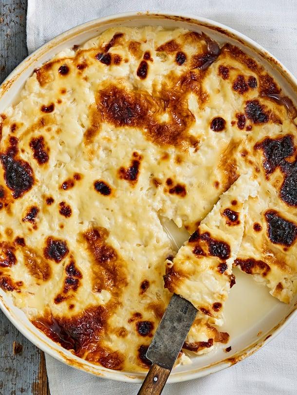 Paras leipäjuusto on kauniin ruskeapilkullista.