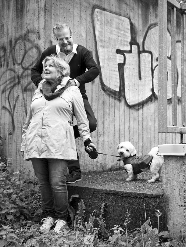 Äiti Leena Valpio antoi pojalleen Wallulle kaksi ohjetta: pääse elämässä eteenpäin äläkä hanki rikosrekisteriä. Kumpaakin Wallu on noudattanut. Viime vuonna hän osti äidiltään salaa asunnon Turkista – käteisellä.
