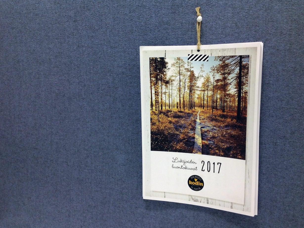 Kalenterin kanteen valittiin Sanna-Mari Tervon ottama kuva Patvinsuolta.