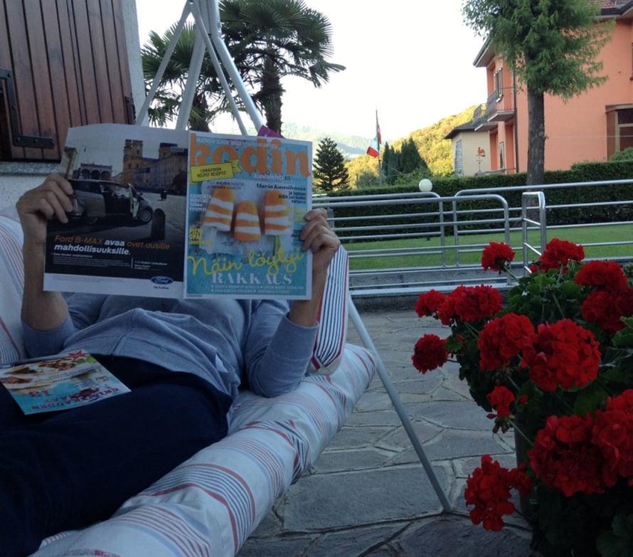 Luen Kodin Kuvalehteä kotonani Italiassa. Nippa nappa lehti ehti minulle määräajassa vastauslähetykseen. - Lea Virtanen