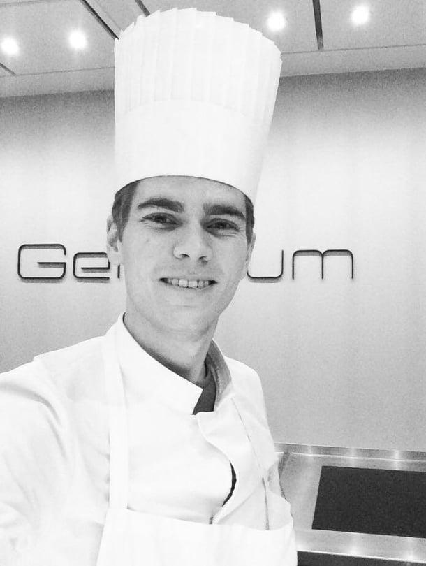 Kokki Antti Lukkari, 22, työskentelee Kööpenhaminassa kolmen Michelin-tähden ravintolassa Geraniumissa. Tänä keväänä hän kokkaa arkiruokaa Soppa365-tv-ohjelmassa Nelosella joka arkipäivä.