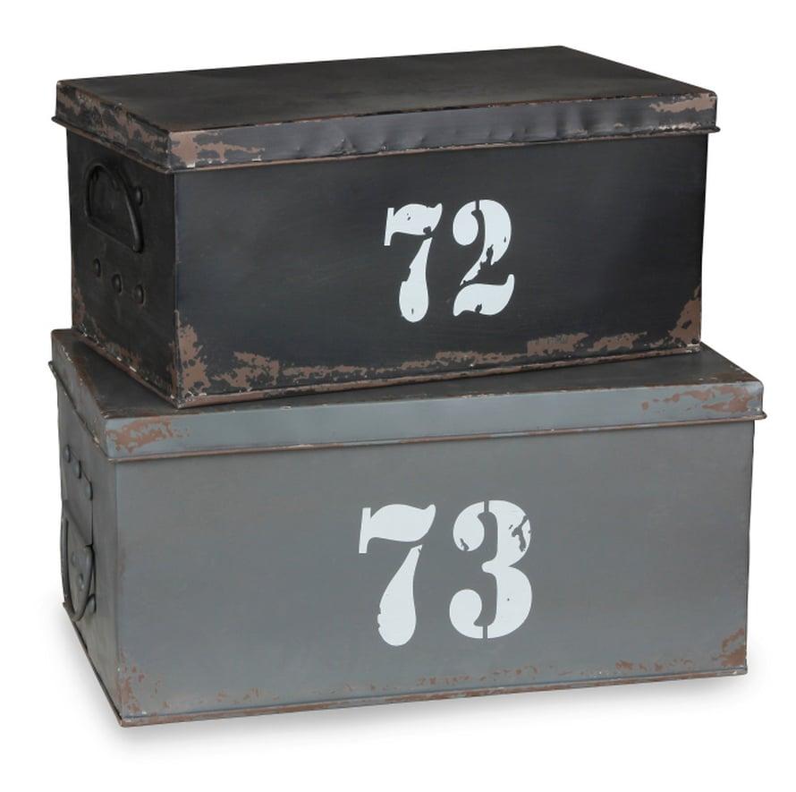 RIVIIN JÄRJESTY! Metalliset Kemston-säilytyslaatikot eivät hätkähdäedes itkupotkuraivaria. Pieni 33 e ja iso 40 e, Asko.