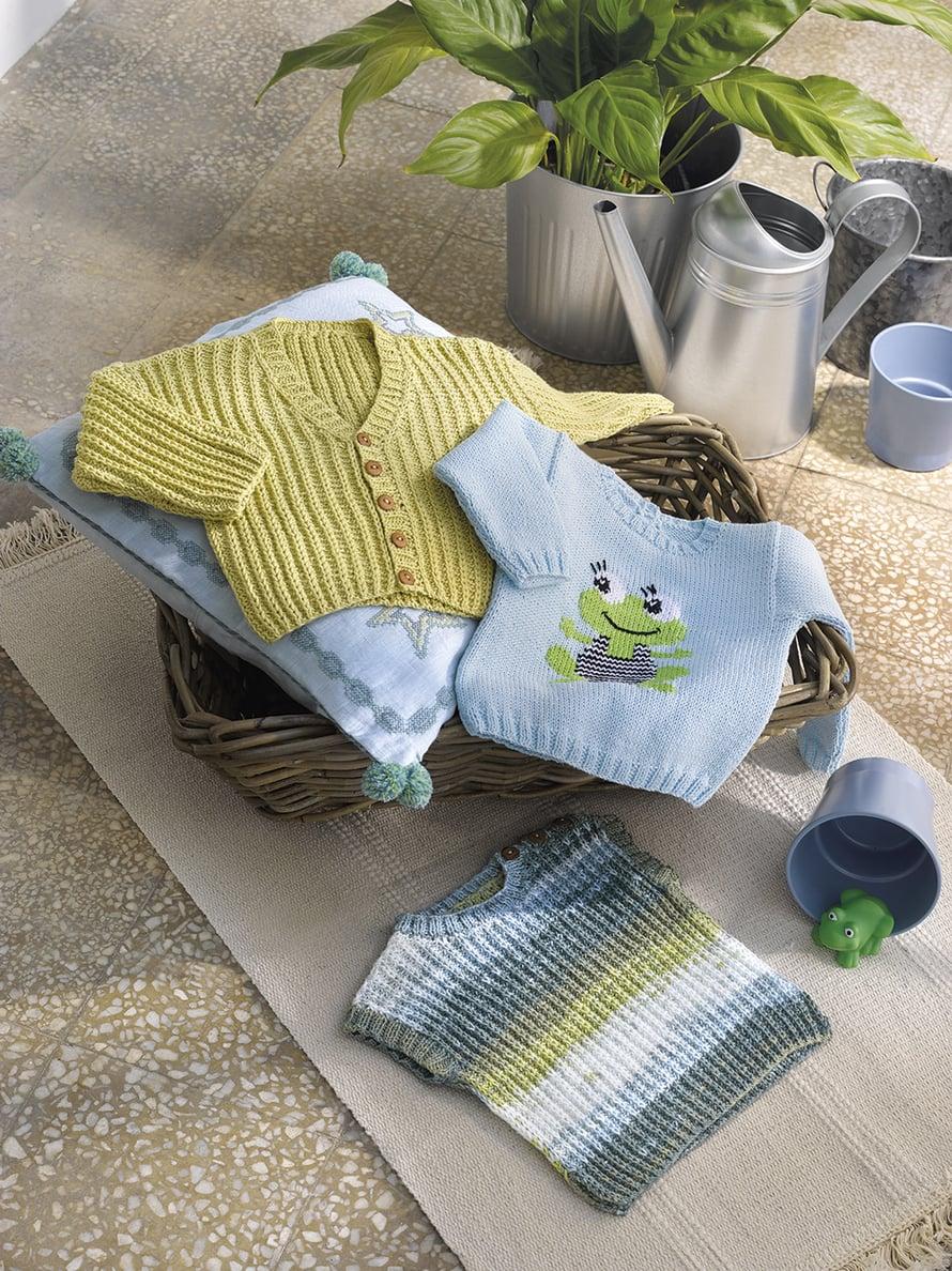 37 Vauvan sammakko-pusero ja 38 Vauvan neuleliivi ja 39 Vauvan neulottu keltainen neuletakki