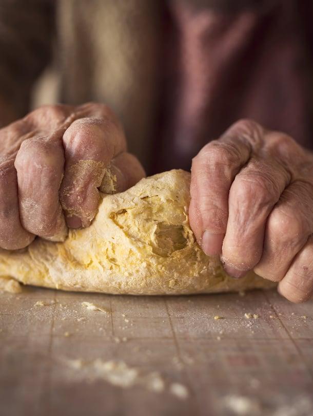 Tiedätkö, mitä on pöydässä, jos isoäiti tarjoaa lampaanpierua ja höttösiä?