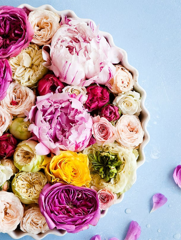 Jos ruusuja on paljon, jonkun niistä raaskii jo kuivattaa!