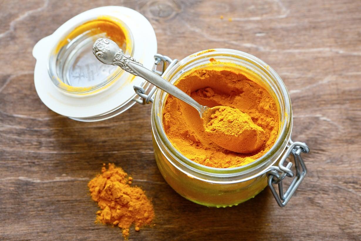 Kellanoranssi curryjauhe oli 1980-luvun suosikkimauste, ja nyt se on palannut osaksi ruuanvalmistusta.